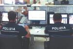 La città dolente passa dal telefono, viaggi e segreti della «Centrale» della polizia di Palermo