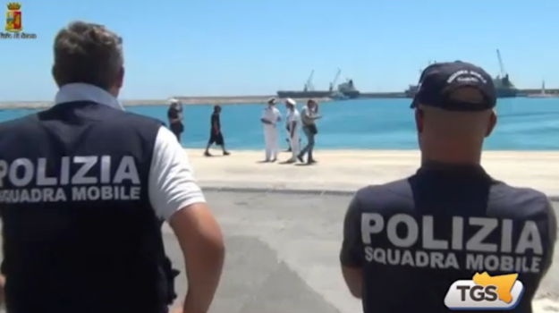 Migranti, in manette altri 3 presunti scafisti a Ragusa