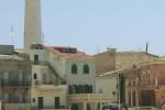 Rifiuti sulla spiaggia di Montalbano: infuria la polemica