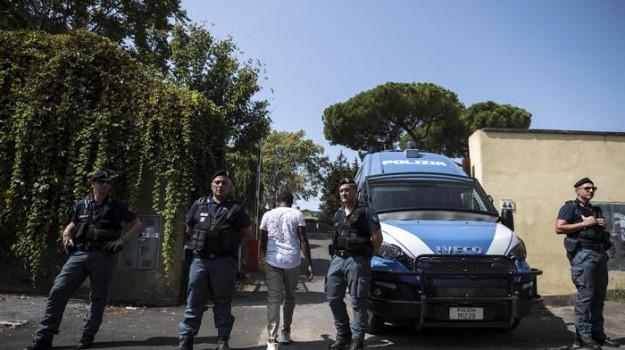 migranti roma, Sicilia, Cronaca