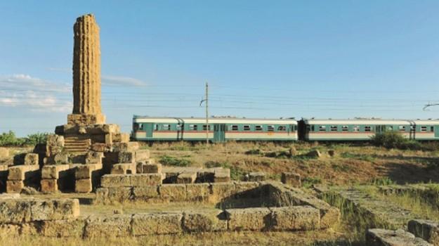 Treno storico Valle dei Templi, Sicilia, Società