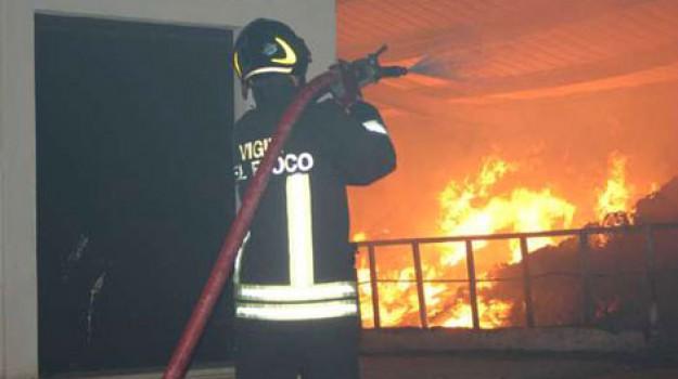 incendio appartamento palermo, incendio cep, Palermo, Cronaca