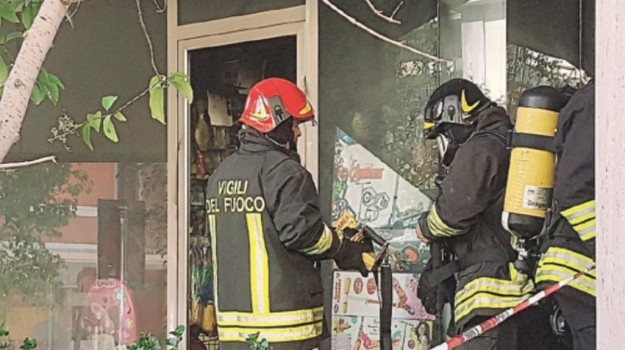 Incendio a Milazzo, Messina, Cronaca