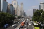 Cina valuta la messa al bando di auto diesel e benzina