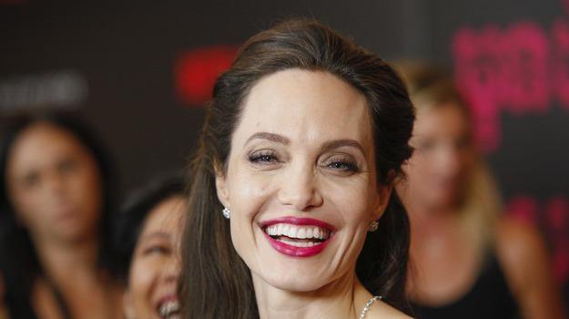 jolie set cinema, Angelina Jolie, Sicilia, Cultura