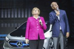 Merkel inaugura Salone Francoforte, 'tutti i Paesi si impegnino su emissioni'