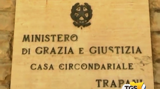 Quattro detenuti tentano di evadere dal carcere di Trapani, scoperti