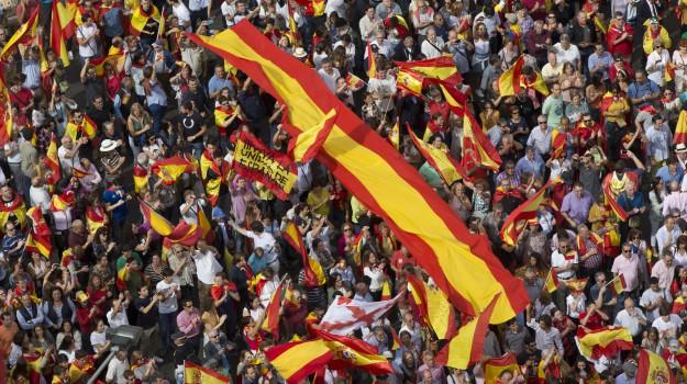 crisi spagnola, indipendenza catalogna, referendum catalogna, Sicilia, Mondo