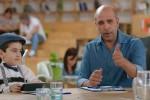 Malati di Sma, parte la campagna per le donazioni: lo spot con Checco Zalone