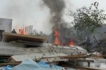 A Palermo fiamme in due discariche di rifiuti ingombranti a pochi metri di distanza