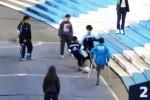 Conquista il web il gol segnato da un ragazzino con una gamba sola: il video