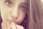 È morta la 15enne ferita al volto dall'ex compagno della madre