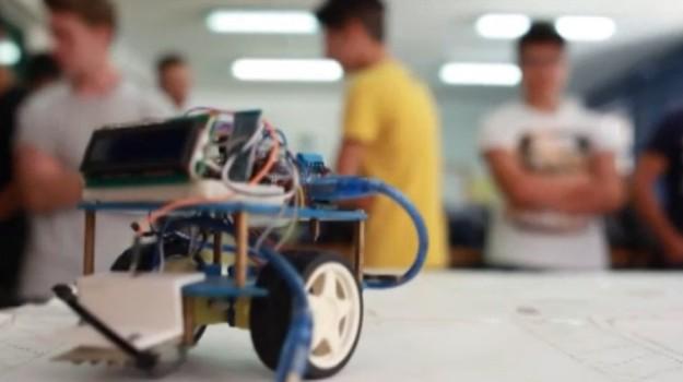 Dalla formazione al lavoro, progetto per gli studenti di Romagnolo a Palermo