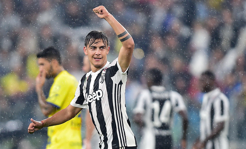 Dybala colora una Juve sbiadita, tre gol al Chievo