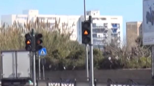 Non attivi i semafori del tram a Palermo, disagi per automobilisti e pedoni