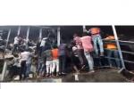 Calca alla stazione di Mumbai, almeno 22 morti schiacciati