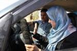 """""""Permesso"""" di guida alle donne, l'Arabia Saudita arruola poliziotte in caso di incidenti"""
