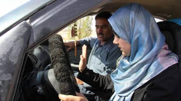 arabia saudita donne auto, patente donne arabia saudita, Sicilia, Mondo