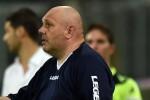 """Palermo, il vice di Tedino accusa: """"Allenatore colpito da un oggetto tirato dagli spalti"""""""