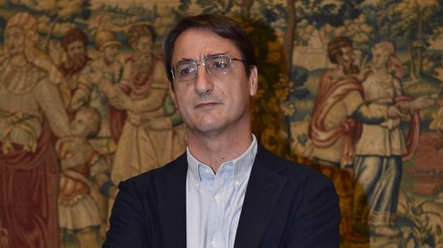 busta proiettile Claudio Fava, Claudio Fava intimidazioni, minaccia a Claudio Fava, Sicilia, Cronaca