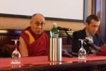 Il Dalai Lama: per arrivare alla Pace serve compassione - L'incontro con i giornalisti a Palermo