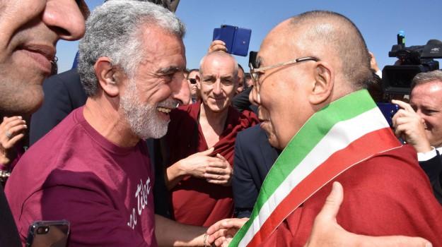 dalai lama in sicilia, Sicilia, Cronaca