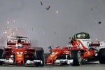 Scontro con Verstappen a Singapore, Vettel e Raikkonen subito fuori - Immagini dell'incidente