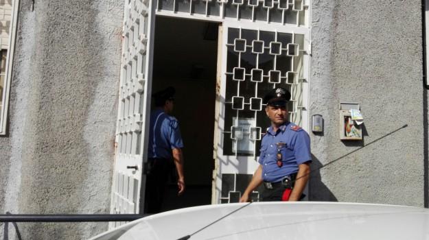 dottoressa violentata, guardia medica trecastagni, Catania, Cronaca