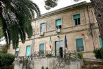 Sedie e tavolo rubati dall'ospedale di Ragusa, arrestato
