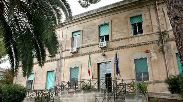 furto ospedale ragusa, Ragusa, Cronaca