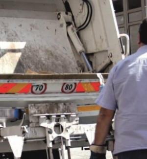 Ato 3 rifiuti di Messina, avvisi di licenziamento ai 51 dipendenti