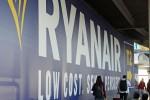 """Ryanair, tagli fino a marzo 2018: """"Disagi per 400 mila passeggeri"""". Sospese rotte per la Sicilia"""