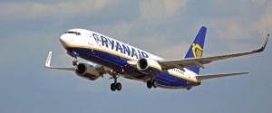 Vento, paura su un volo per Catania: bagagli fuori dalle cappelliere per le turbolenze