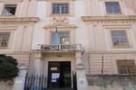 Crolla intonaco del tetto, a Palermo scuola evacuata al primo giorno di lezioni