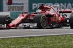 Ferrari choc, problemi per Vettel: in Malesia partirà ultimo, Hamilton in pole