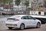 Hyundai lancia car sharing elettrico con Ioniq ad Amsterdam