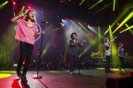 Teenager urla al concerto dei One Direction e i polmoni collassano