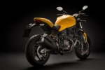 Ducati rinnova l'iconico Monster 900