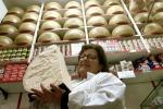 Parmigiano, stimata crescita 5% produzione 2017