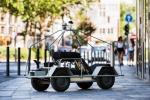 Un test trasforma le persone in auto a guida autonoma, primo al mondo
