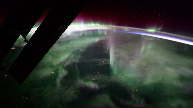 aurora fulmini astro paolo, immagini spazio nespoli, Paolo Nespoli, Sicilia, Società