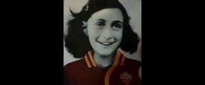 Adesivi di Anna Frank per insultare i romanisti, bufera sui tifosi laziali