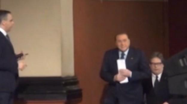 Salta la sfida con Beppe Grillo, Berlusconi a Palermo il 1° novembre