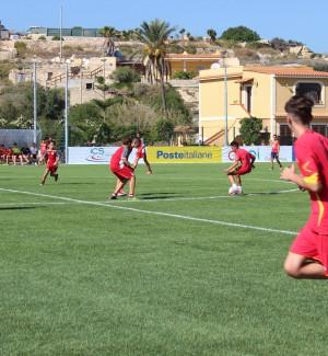 Nuovo campo di calcio a Lampedusa, le foto dell'inaugurazione