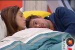 Coccole a letto, Cecilia cede ad Ignazio: in tv il faccia a faccia col fidanzato Francesco
