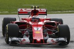 Ancora guai per la Ferrari, problema tecnico: Raikkonen resta ai box