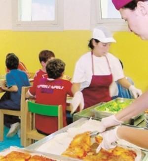 Refezione scolastica, a Messina l'appalto slitta ancora
