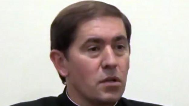 Legionari di Cristo, sacerdote con figli, Oscar Turrion, Sicilia, Cronaca