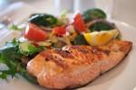 """L'ora solare può causare insonnia: """"Più pesce a tavola aiuta a combatterla"""""""