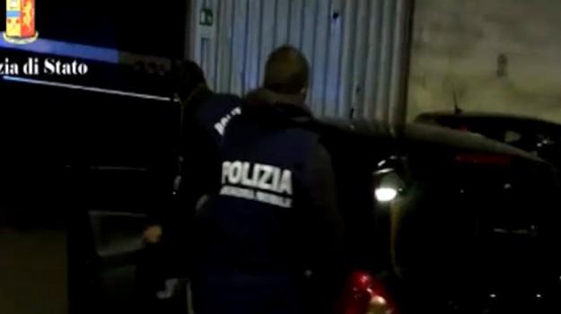 Blitz antidroga a Catania, colpiti clan: 23 arresti